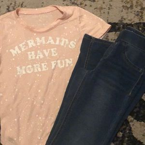 Girls size 8 tee and bottoms